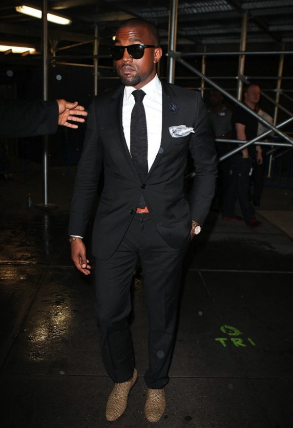 Sawaggg-er! Kanye doning the elegant pocket square