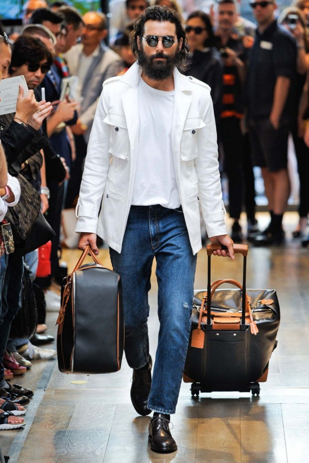 Trussardi shoes off the safest look on the planet. Blue jeans and a white T.