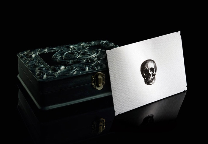 Skull Stationery (set of 12)