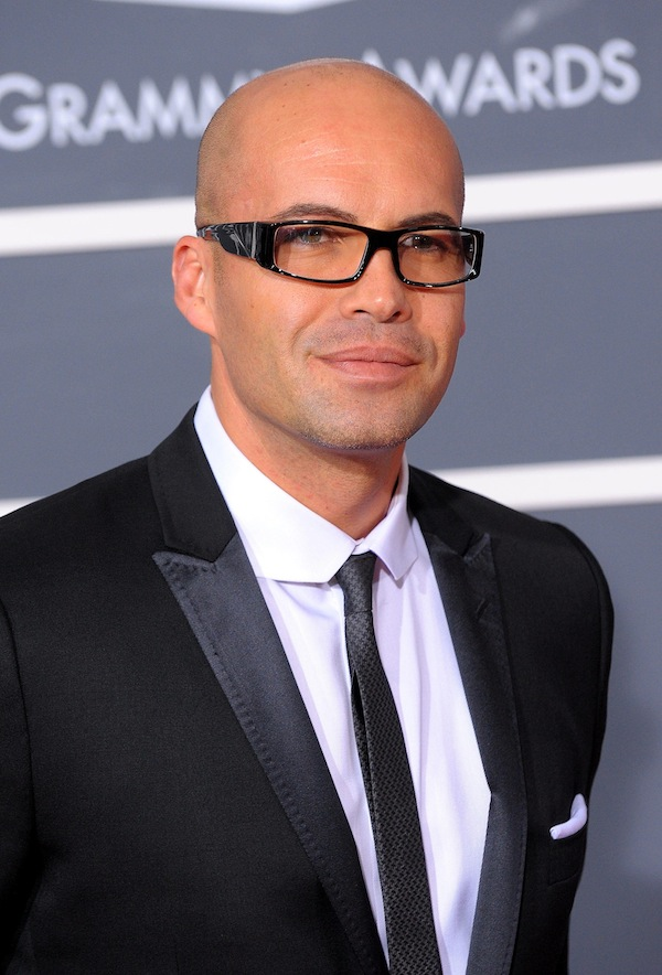 Billy Zane - smashing.