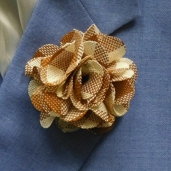 burlap check flower US$12.50 etsy.com