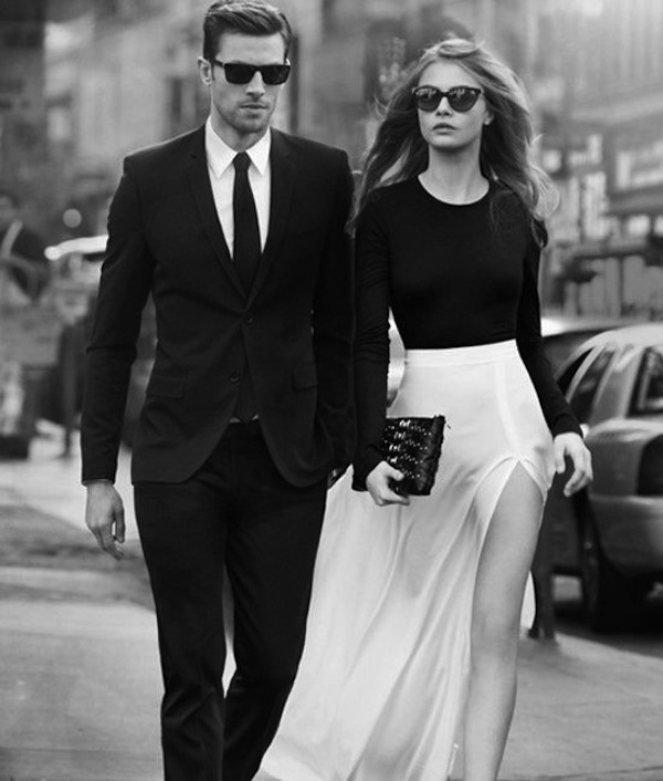 More 1950 with the black skinny tie, the Old school trend seen in the black suiting and ray bans.