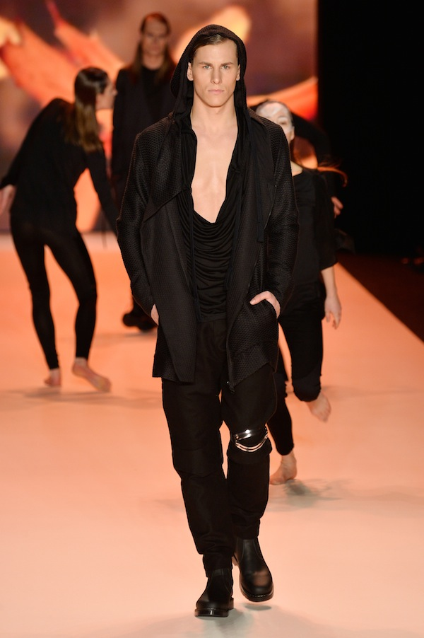 Umasan Show - Mercedes-Benz Fashion Week Autumn/Winter 2014/15