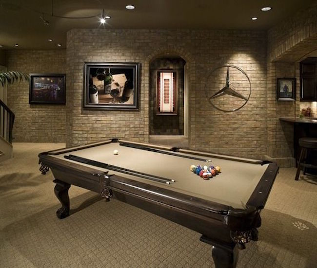 ... ManCave  Pool Table ...